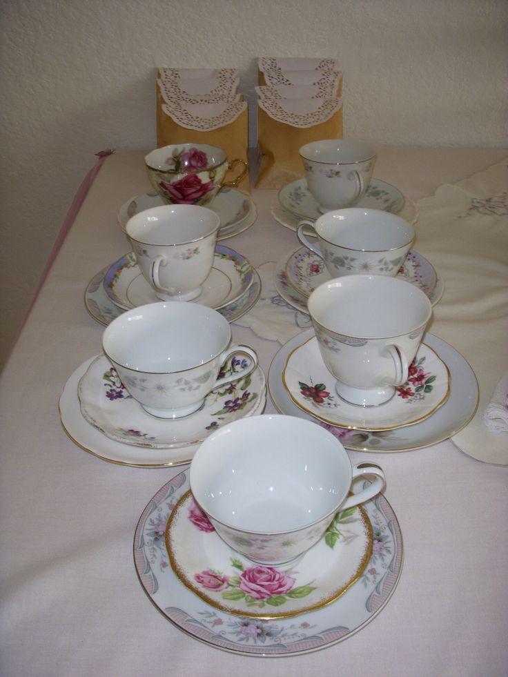 Pretty China Vintage High Tea