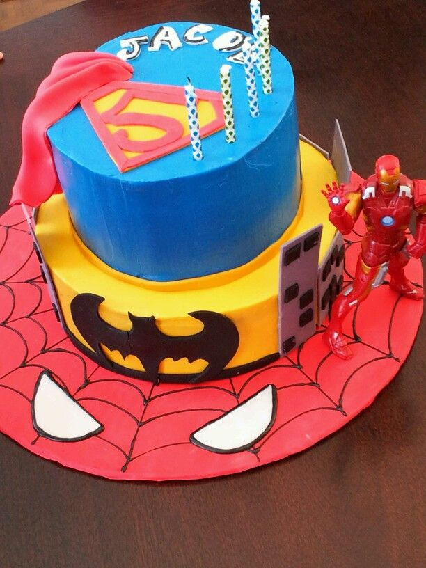 gateau super hero cake batman spiderman superman