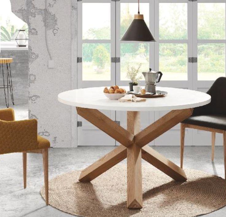 Spisebord NORI, stol DANAL, teppe DIP www.mirame.no #bord #spisebord #stol #lampe #teppe #benk #kjøkken #spisestue #norsk #nordiskehjem #interior #interiør #interiordesign #interiordesign #nordiskdesign #nettbutikk #mirame #innredning #ileggsplater #klaffer #oakland #hvit #tre #solid #salg #tilbud #pris #bestselger #dip #nori #danal
