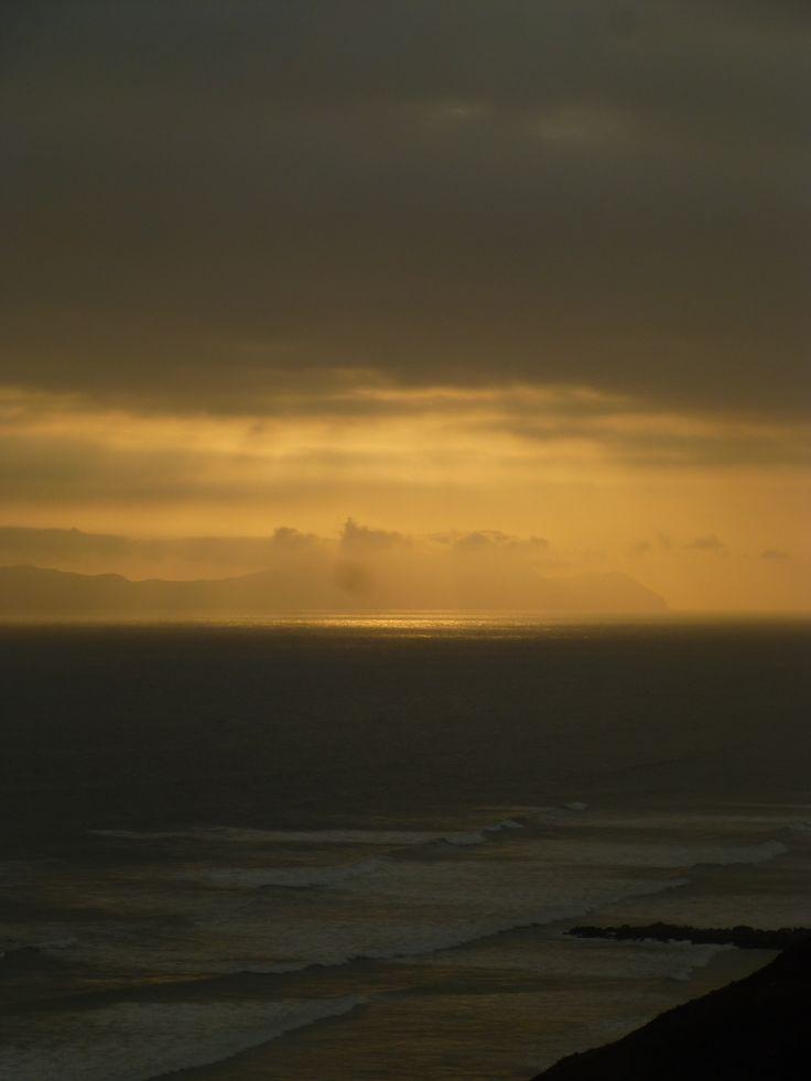 4 y 48. Cada minuto el sol baja un poco más. #hermoso