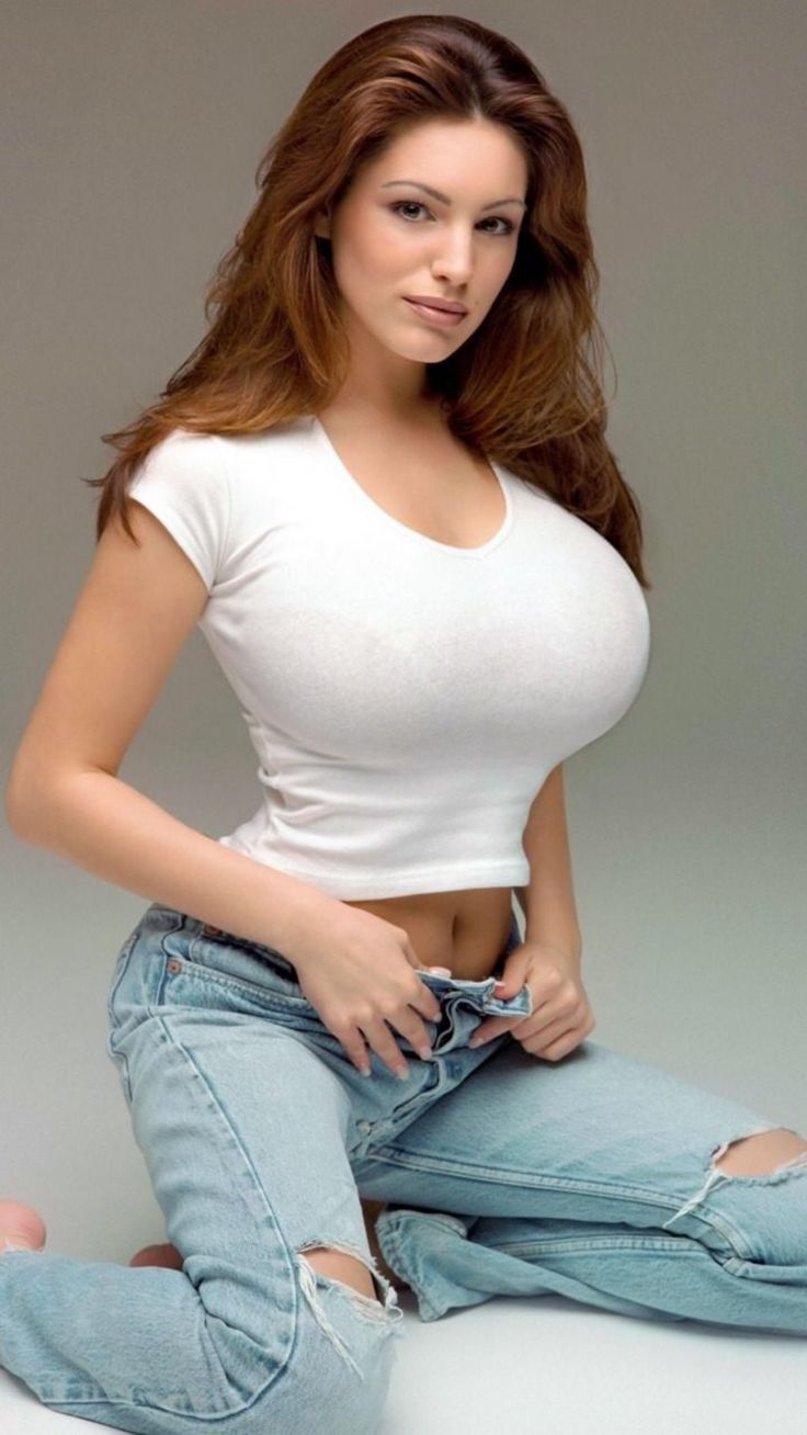 Pin on BBB(Big Boobs Beauty) Clothed