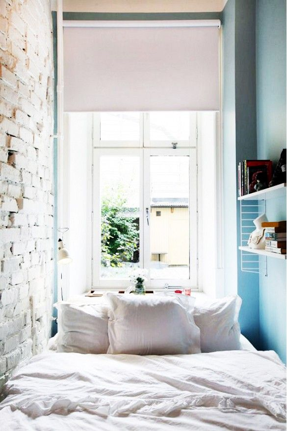 17 best ideas about tiny bedrooms on pinterest tiny 13040 | a59f6f0324c9d2ca03467b9529e69636