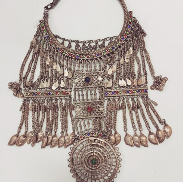 Still completely obsessed with this antique afghan necklace...comment for more info!!! Stunning for photo shoots and stylists!!!!  #Fashion#fashionblogger#style#styleblogger#blog#bohemian#boho#bohochic#boholuxe#gypsy#gypset#retro#vintage#style#bohostyle#freespirit#shop#tribal#festival#necklace#neck#statement#splendour