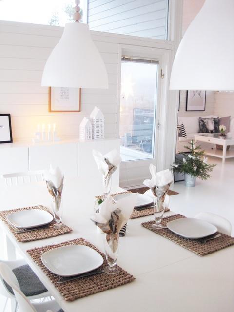 table decoration - Swedish Style #Swedishdecor #Swedishinterior