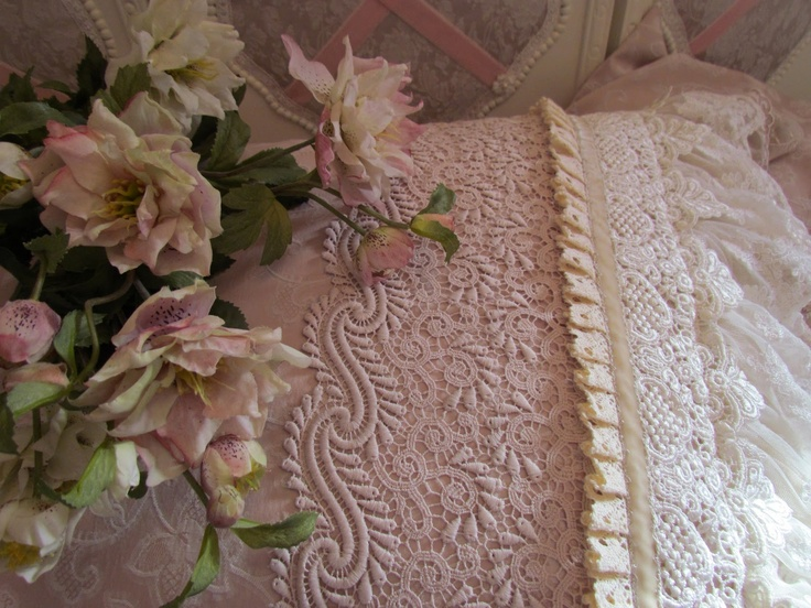dream hereThings Vintage, Pillows Passion, Shabby Chic, Angela Lace, Vintage Things, Pretty Lace, Vintage Pillows, Pillows Parties, Vintage Linens