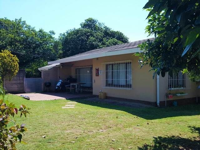 Explore this property 3 Bedroom House in Uvongo