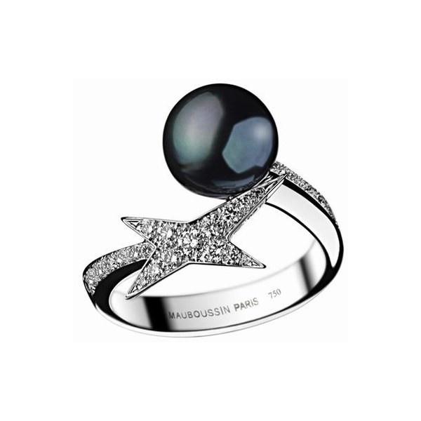 Maboussin anello con perla - Perle, collane di perle, gioielli di perle, collier - alFemminile.com found on Polyvore