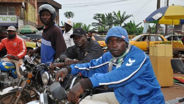 JEUNESSE ET CHOMAGE JUSQU'A QUAND ? La situation socioéconomique au Tchad est au bas de l'échelle, la mauvaise gouvernance du regime MPS et de Idriss Deby Itno au pouvoir depuis vingt cinq (25) ans a paralysé l'administration publique, la jeunesse est...