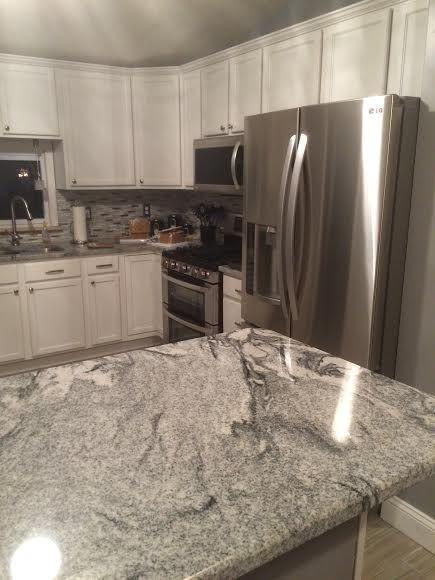 Kitchen granite countertops - Viscont White/Silver Cloud from Granite Planet…