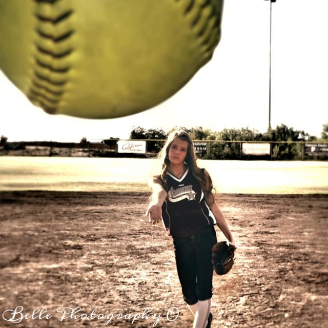 Action shot!(: #softball #photography #photoshoot