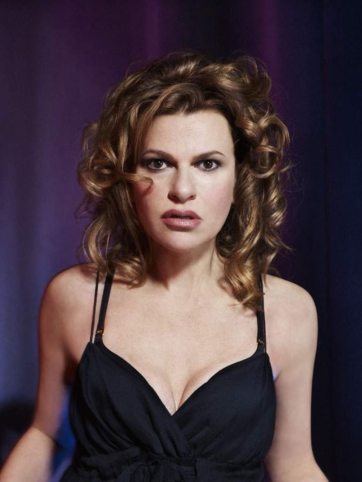 Sandra Bernhard.   Actress & Comedienne.   #Longwood Elementary School   #William Henry Shaw HS   #The Print Shop       -------      http://www.imdb.com/name/nm0000928