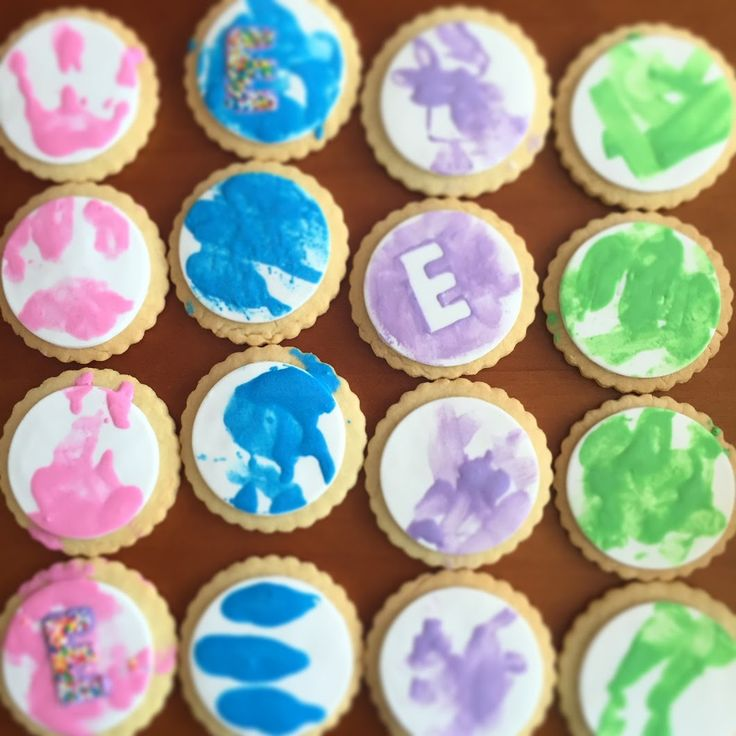 Cookies for Evalyn's 2nd Birthday Party. Made with messy fun and clean hands ;) @CaitlinJaydeC