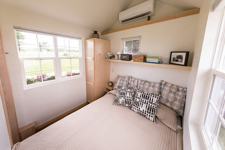 17 best ideas about tiny house bedroom on pinterest mini for Tiny house with main floor bedroom