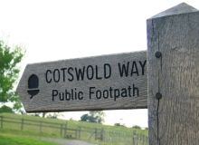Cotswold Way. The 102-mile (164 km) trail runs northeast from Bath to Chipping Campden, through or near to the following towns: Old Sodbury, near Chipping Sodbury, Wotton-under-Edge, Dursley, Stroud, Painswick, Cranham, Leckhampton, Cheltenham, Winchcombe, Stanway and Broadway. http://www.broadwaymanor.co.uk/cotswolds/cotswolds.html