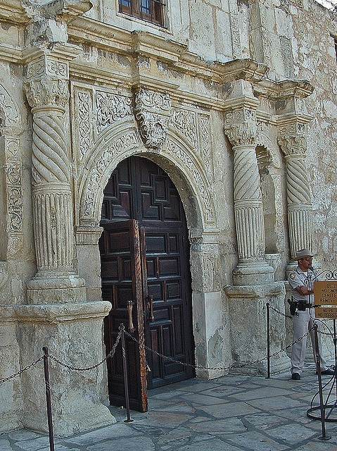 Alamo froont door by Larry Miller & 59 best The Alamo images on Pinterest | The alamo San antonio and ... Pezcame.Com
