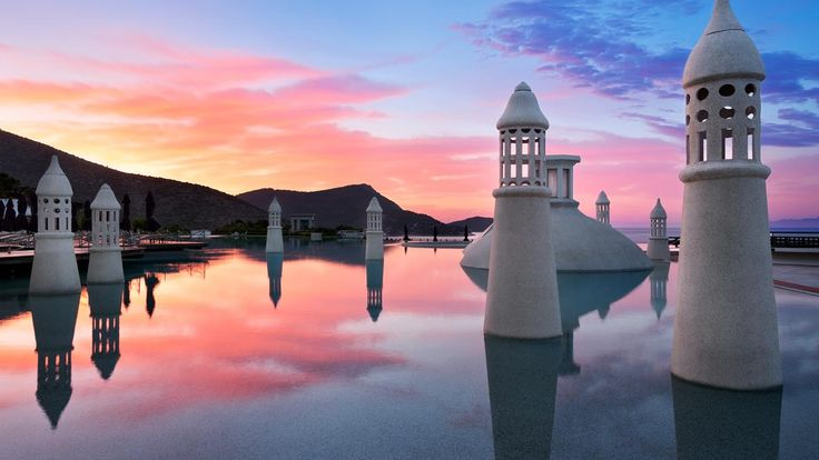Amazing sunset across the infinity pool at Kempinski Barbaros in Turkey