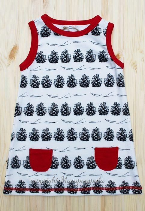 Mekko Käpyrivi - luomupuuvillaa (taskut ja kanttaukset puuvilla-elastaania) valmistettu Suomessa. Design Murupumpula.  Käpyrivi dress. Organic cotton (pockets and borders cotton/elastane), made in Finland. Design Murupumpula.