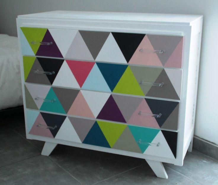 une commode des ann es 60 customis e customisation meuble. Black Bedroom Furniture Sets. Home Design Ideas