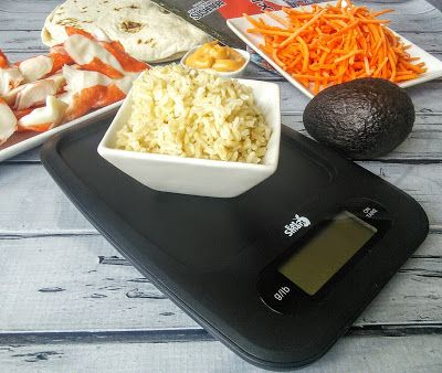 This Southwestern Style Sushi Burrito is so good, healthy too! Check it out and #win an #EatSmart Precision Digital Kitchen Scale! #giveaway #healthy
