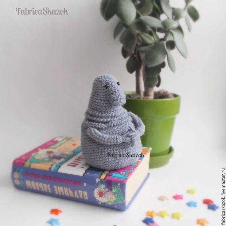 Купить Ждун - популярный мем вязаная игрушка Homunculus loxodontus - серый, ждун, купить ждуна