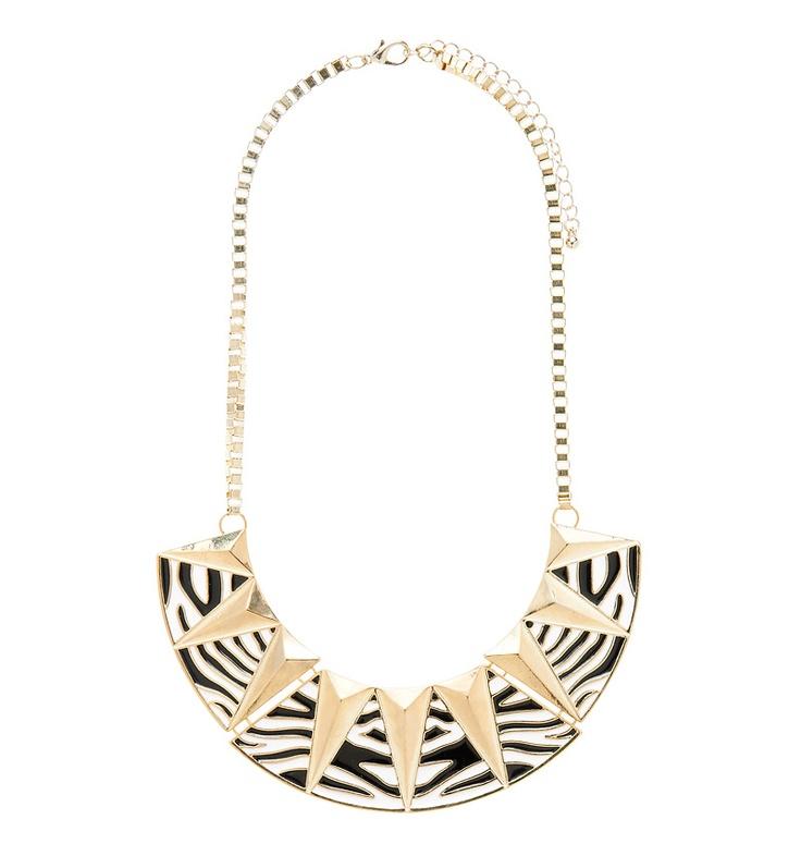 Kaya Plate Necklace - Forever New  #SpringRacingCarnival  #MichellesStyleFile
