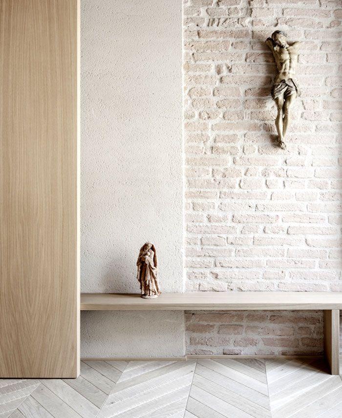 Archiplan Studio add Glam to the Historical Building in Mantova - InteriorZine