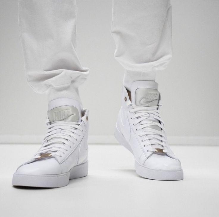 NIKE | Blazer LUX PRM QS | White
