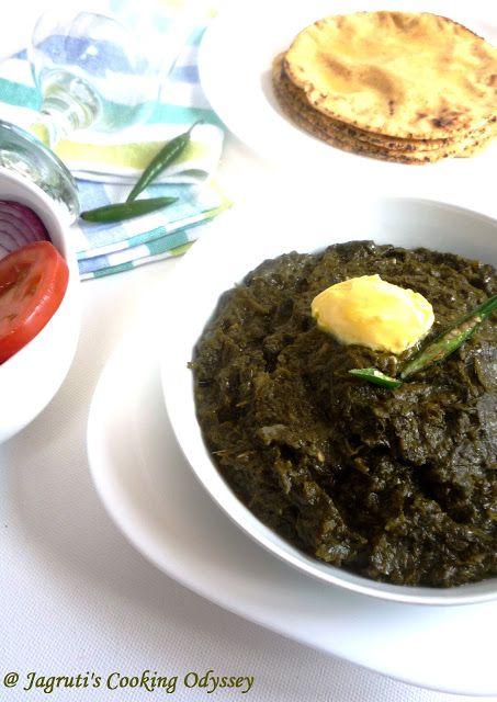 Jagruti's Cooking Odyssey: Sarson da Saag naal Makke di Roti - Mustard Greens curry with Cornmeal/maize flour Indian bread !