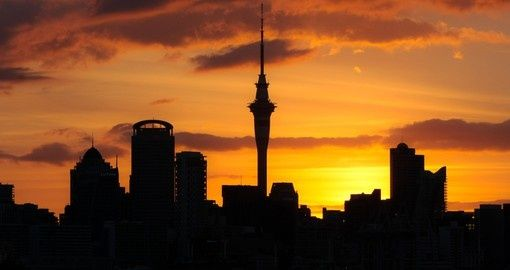 Silhouette of Auckland City at sunset | New Zealand