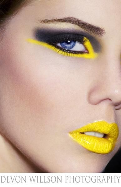 yellowBeautiful Makeup, Dramatic Makeup, Eye Makeup, Yellow Makeup, Makeup Ideas, Eyeshadows, Eyemakeup, Bumble Bees, Neon Yellow