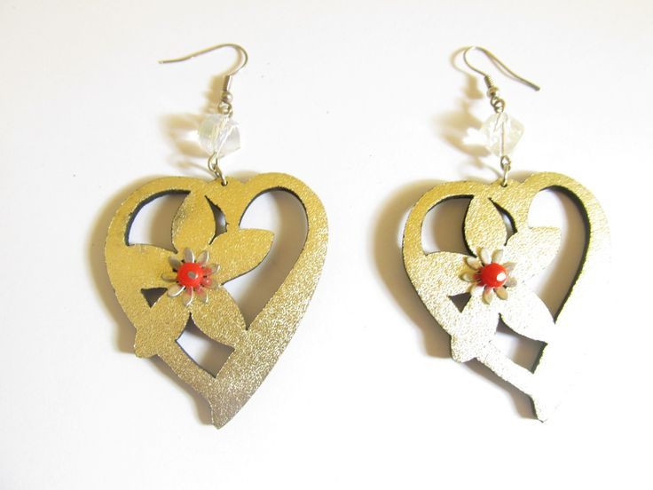 Handmade laser cut leather earrings (1 pair)  Made with gold leather hearts, metallic flower and glass beads.