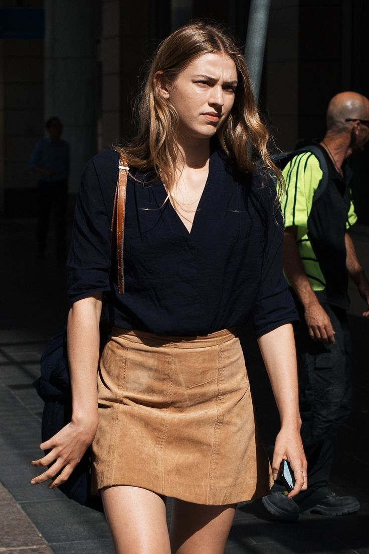 suede skirt | Street Chic (on trend casual) | http://dropdeadgorgeousdaily.com/2013/10/your-style-quiz/