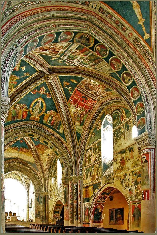La bella chiesa a Galatina