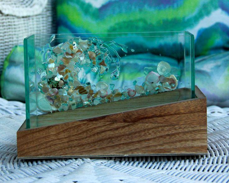 25 best ideas about seashell art on pinterest shell art seashell projects and sea shells decor - Coastal napkin holder ...