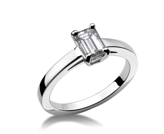 bulgari ring griffe griffe solitaire ring in platinum with emerald cut diamond available in ct