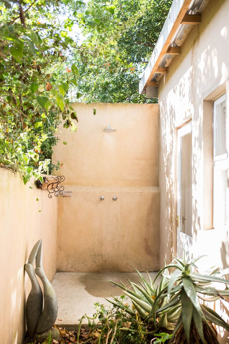 Emily Moon's Luxury Garden Suite | Outside garden shower | Plettenberg Bay | South Africa