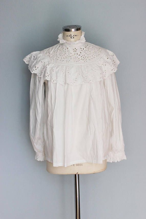 Antique blouse  white cotton blouse ruffled embroidered