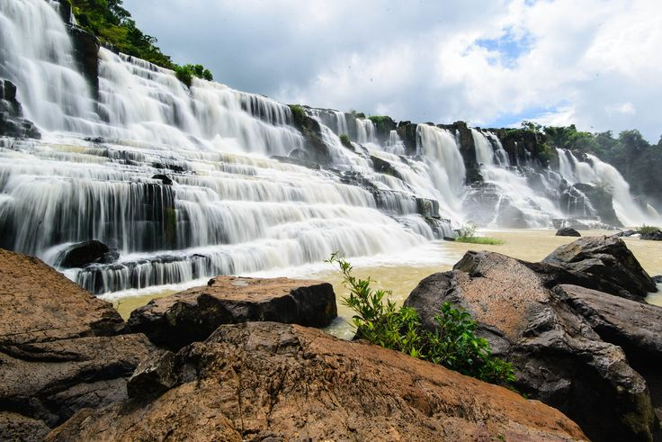Located in a mountain range more than 50 kikometres from Da Lat city in Vietnam, Pongour #waterfall is as high as 40 metres. From that height of waterfallsfall down to a big lake below producing great noise the echo of which can be heard far from the #waterfall.