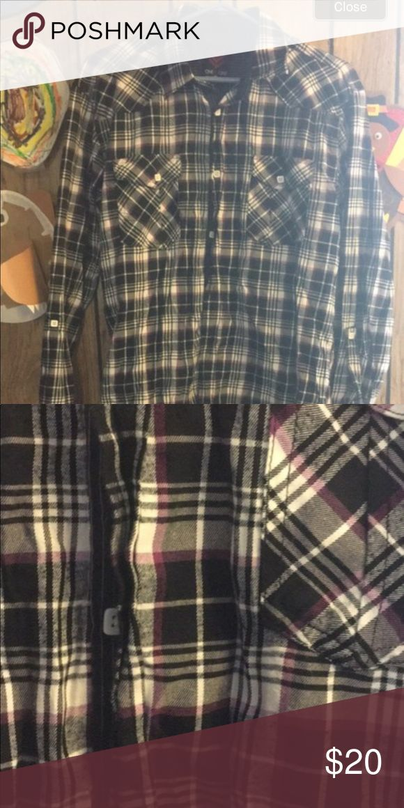 Lovely shade of plaid sweaters BOGO 1/2 off Great flannel shirt. Men's large. Shirts Casual Button Down Shirts