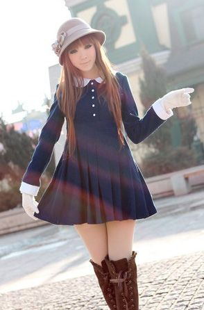 Cute outfit with Long sleeved navy blue dress with white peter pan collar and over the knee brown boots. Gyaru