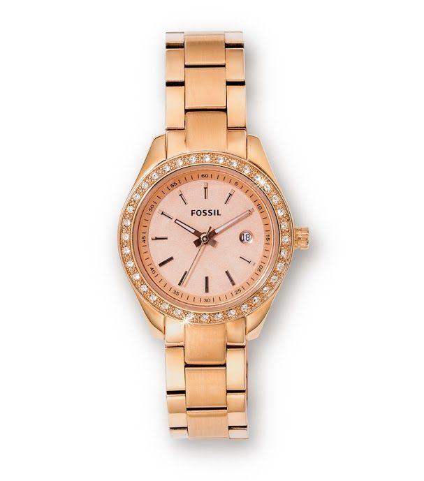 Fossil Watch R1,999  *Prices Valid Until 25 Dec 2013
