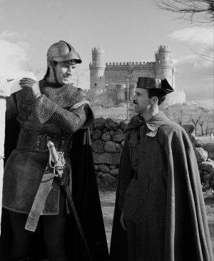 El Cid (Charlton Heston) hablando con la Guardia Civil :D