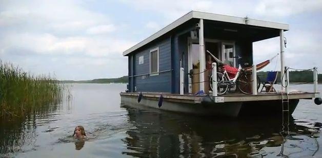 2318 besten floating houses bilder auf pinterest. Black Bedroom Furniture Sets. Home Design Ideas