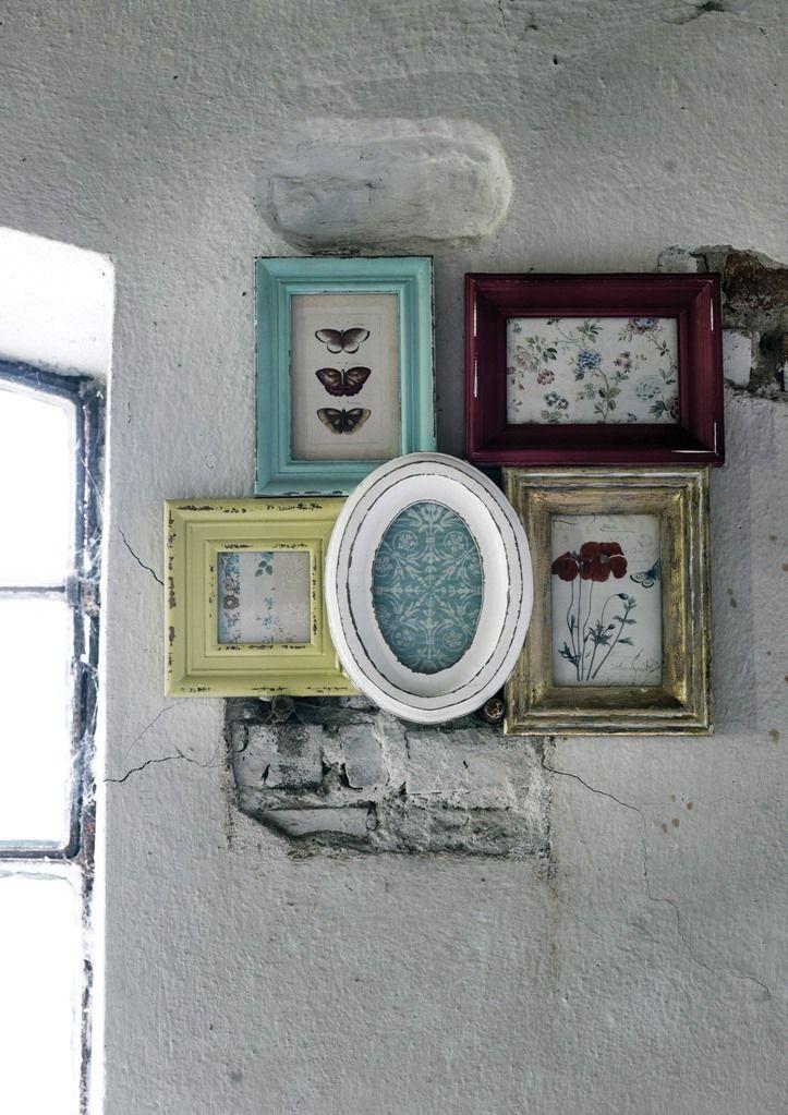 Fotolijsten Nordal aan elkaar in verschillende vormen en kleuren