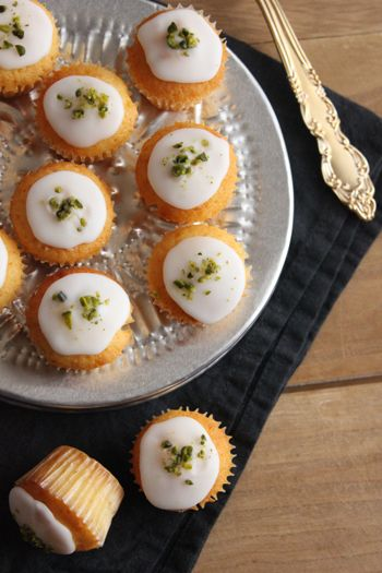 レモンのミニカップケーキ