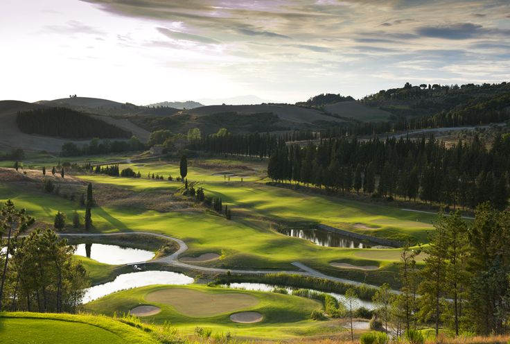 Le Ville di Trevinano (www.lvdi.it) is the perfect choice for golf lovers. Drive about 2 hours to visit world renowned golf course Castelfalfi and play a game with international golfers during one of your stays.