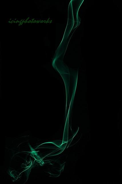 smokin green dragon, via Flickr.