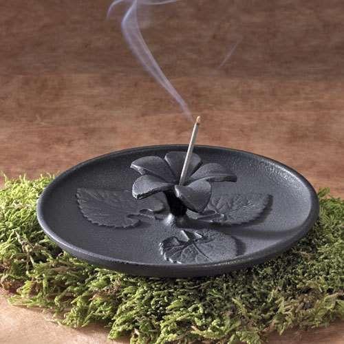 Japanese Violet Incense Burner:DharmaCrafts meditation supplies - Photo