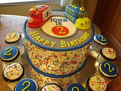 Chuggington Cake Ideas. Love this one! Now how to incorporate Mickey and Superheros into it as well....