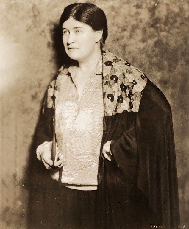 willa cather writing comparison When willa cather compared her novel, the professor's house (1925), to a   scholars have long explored cather's literary influences, both american and.